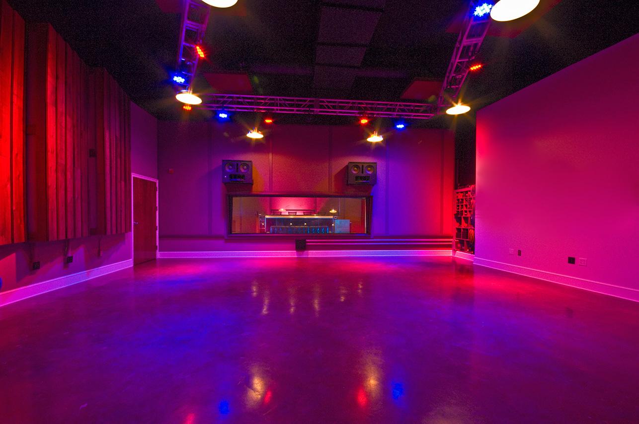 Malaco-Studio-1ab